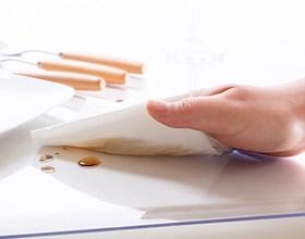 Универсальное защитное покрытие на стол из прозрачного ПВХ.